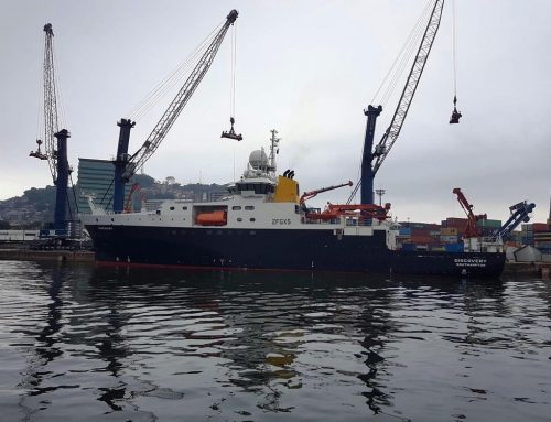 Navio de pesquisa oceanográfica da realeza britânica faz escala no Porto de Santos
